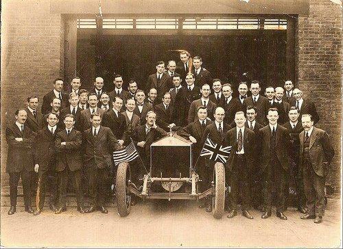 1921 le premier chassis assemble