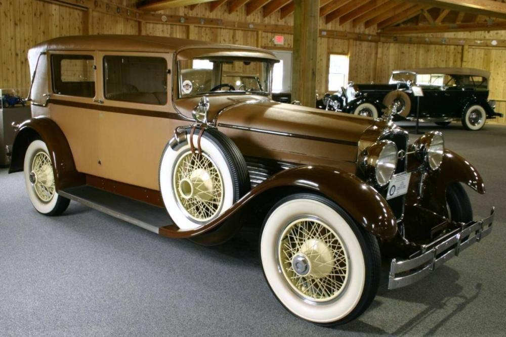 1928 stutz chantilly sedan