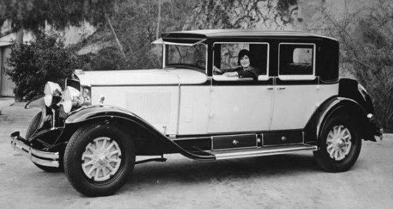 1929 cadillac town sedan1