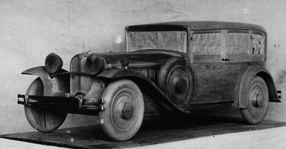 1929 maquette en bois