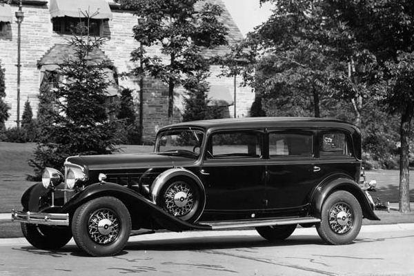 1932 reo royale sedan