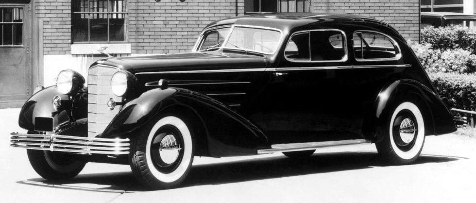 1933 cadillac fleetwood aerodynamic coupe 1