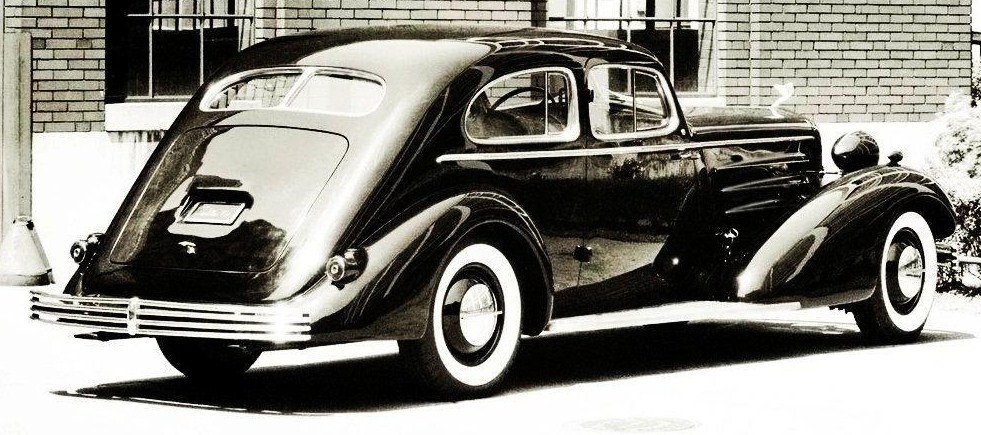 1933 cadillac fleetwood aerodynamic coupe 3