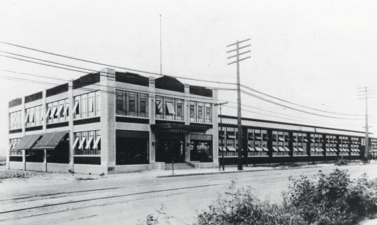 Duesenberg automobiles and motors company 1921 headquarters indianapolis indiana