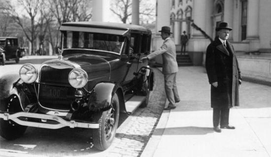 Lincoln town car coolidge